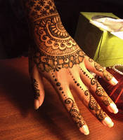 Mehndi: Lace by umbrr