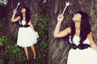 fairy by xcatchmex