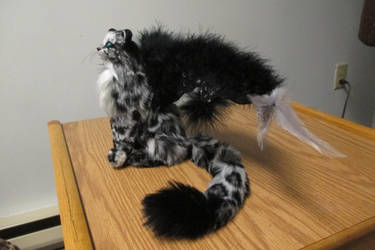 Sitting Winged Wildcat by Lufirel
