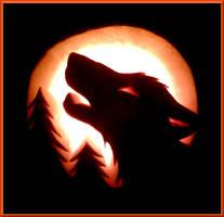 Howling Wolf Pumpkin by swandog