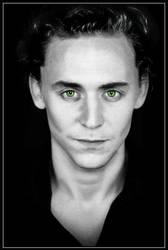 Loki hipnotic eye by Fenevad