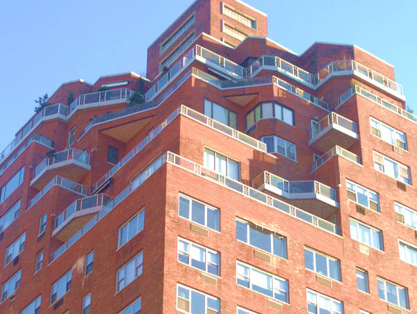 Odd Building by CherushiiCherries
