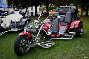 three wheels motorcycle by flepi