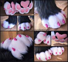 Aurora SockPaws by DexterousZombie