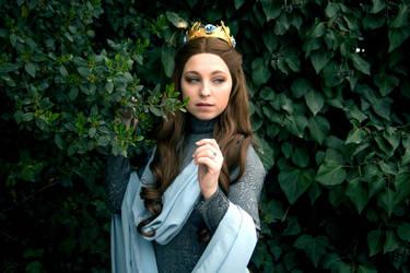Margaery Tyrell cosplay by LenaMay-Cosplay
