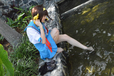 A dip in the water by Cosplayer-san