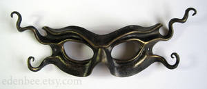 Imp leather mask in black and cracked antique gold by shmeeden