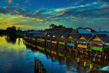 Sunset in West Borneo by luag