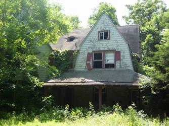 Broken Home by erbeium
