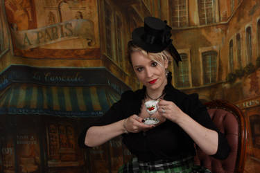 Tea Time In Paris by Morgaine-le-Fay