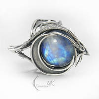 LUNTIAMERH - silver and moonstone by LUNARIEEN