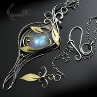 GHARTNYR - Silver, 18Ct Yellow Gold, Moonstone by LUNARIEEN