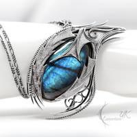 YAZGNATH DRACO (dragon's eye) by LUNARIEEN