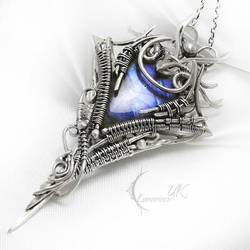 MIHTIEERLH Silver and Labradorite by LUNARIEEN