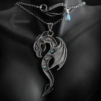 Necklace GHALSHARR DRACO - Silver, Labradorite. by LUNARIEEN