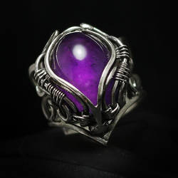 QTRALITH (ring) Silver and Amethyst by LUNARIEEN