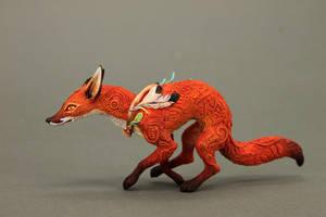 Running fox by hontor