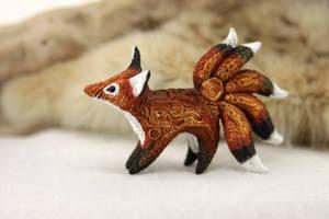 Kitsune totem by hontor
