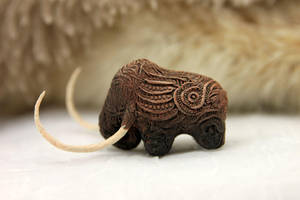 Mammoth by hontor
