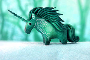 Mint unicorn by hontor