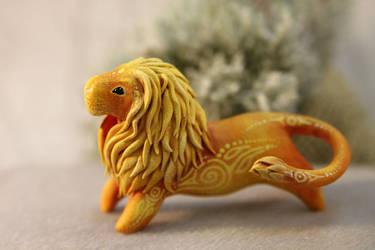 Sun Lion miniature by hontor