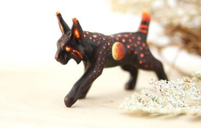 Night Bobcat by hontor