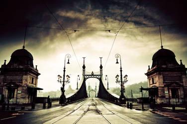 liberty bridge II by torobala