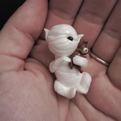 Mummy-Elf by annieelf
