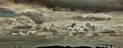Dutch Sky by zwarando