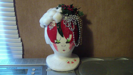 Christmas Themed Wig Head by kirbypet