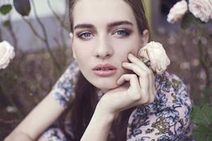 in roses by Rinksy