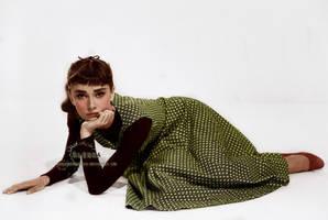 Audrey by VelkokneznaMaria