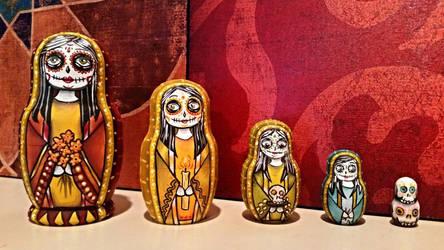 Dia de los Muertos Matryoshkas. (Nesting dolls) by Cyanidenight