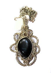 Labradorite pendant by Chinagirlsz