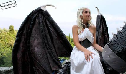 Daenerys Targaryen by Ph0t0Sniper