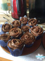 Chocolate Cupcakes 02 by MewMewFrostElf
