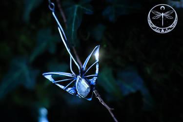Twilight messenger silver talisman by Gwillieth