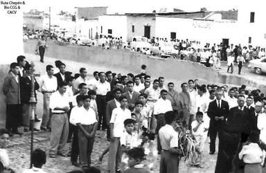 1947 (8) 1950-60 Pobladores de Chepen en la Av Gon by Chepen-Ruta