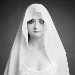 Nun by silvestru