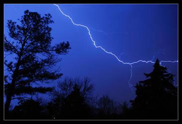 Lightning 01 by aaronbee