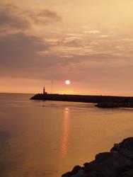 Sunrise on Mediterranee Sea by Garbatine