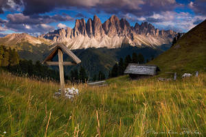 Wooden Cross by PictureElement