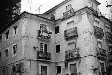 Les rues de Lisbonne III by leingad