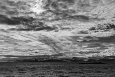 Icelandic Blackscape IX by leingad