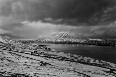 Icelandic Blackscape VI by leingad