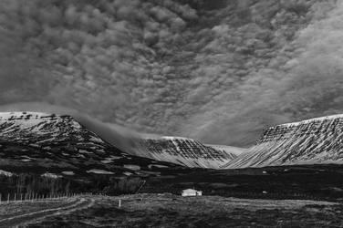 Icelandic Blackscape IV by leingad