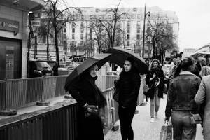 Paris Street 576 by leingad