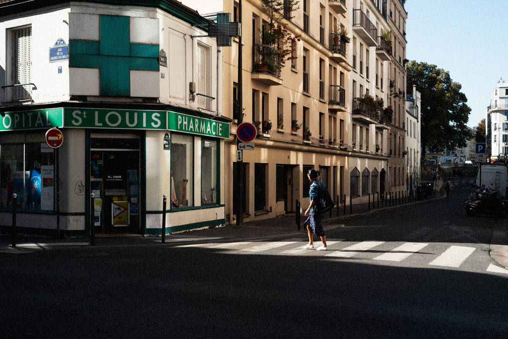Paris Street 647 by leingad
