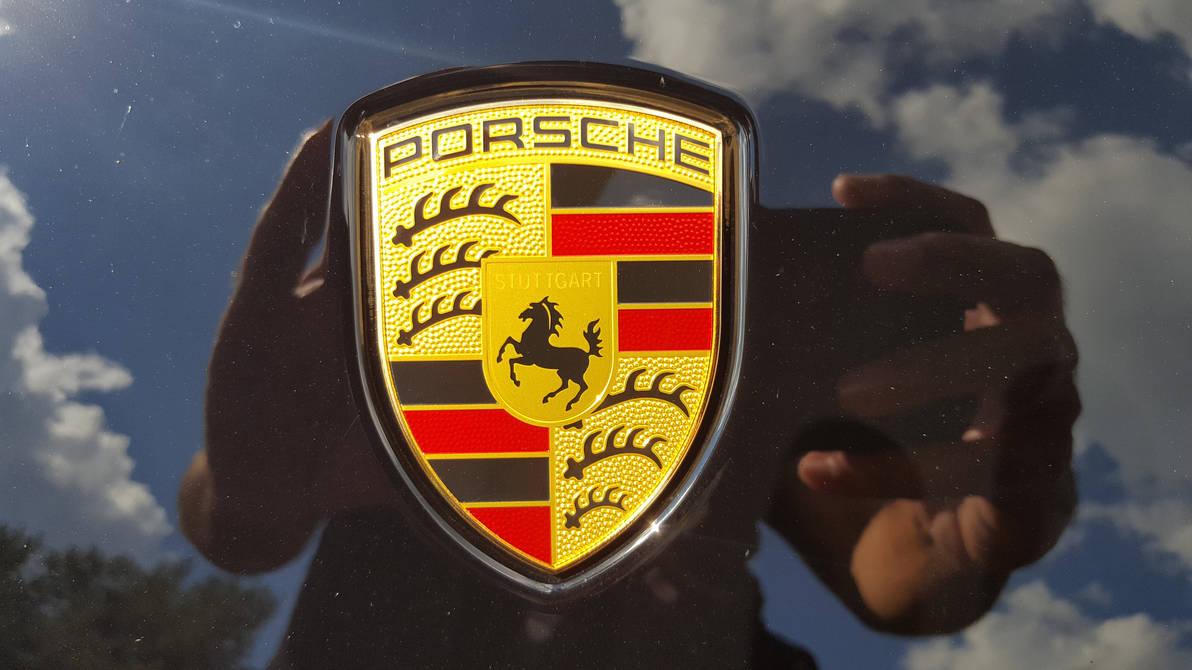 Porsche Macan Turbo Logo by granturismomh