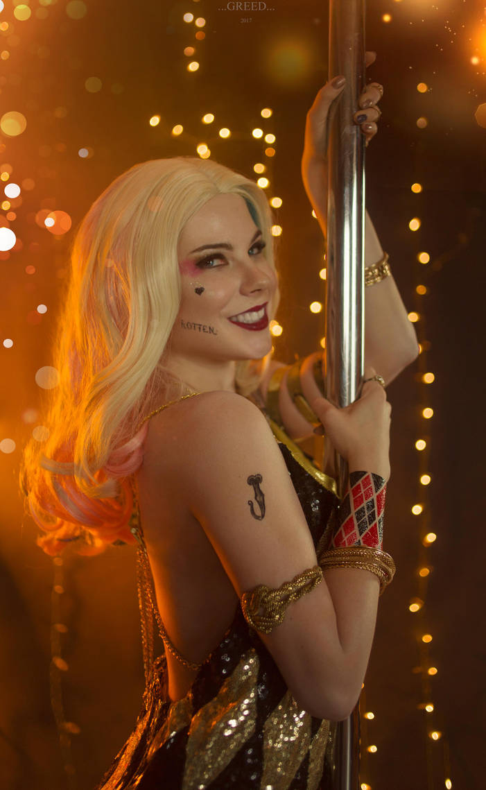 Queen of Gotham - Harley Quinn by Anastasya01